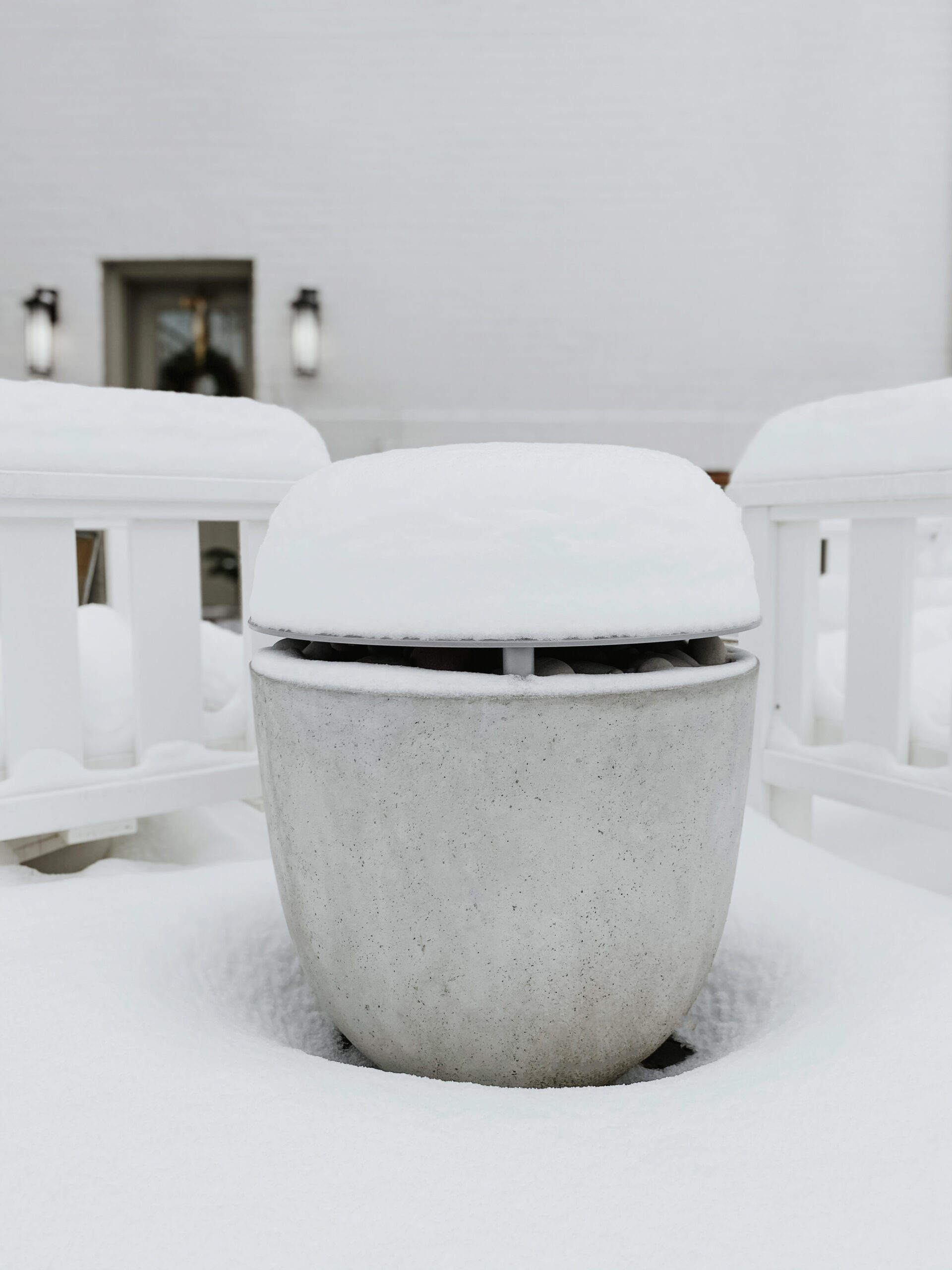Fire-pit-in-the-snow